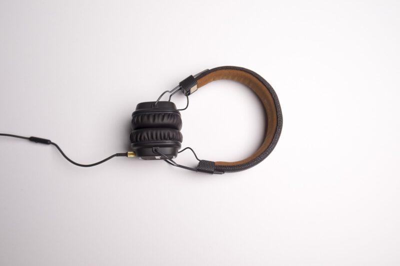 Jakie słuchawki kupić?